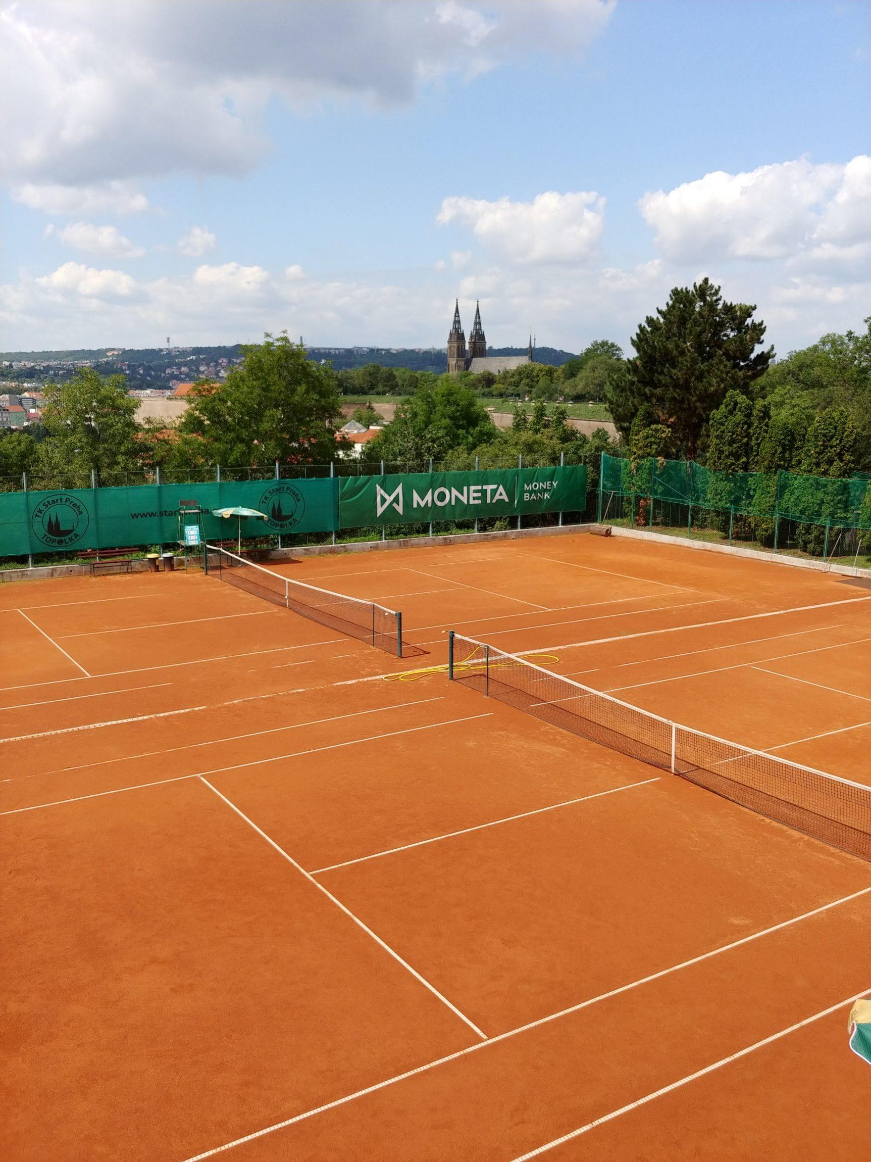 Škola pro tenisové naděje